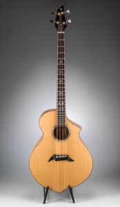 Breedlove B22 Bass – Sitka Myrtlewood